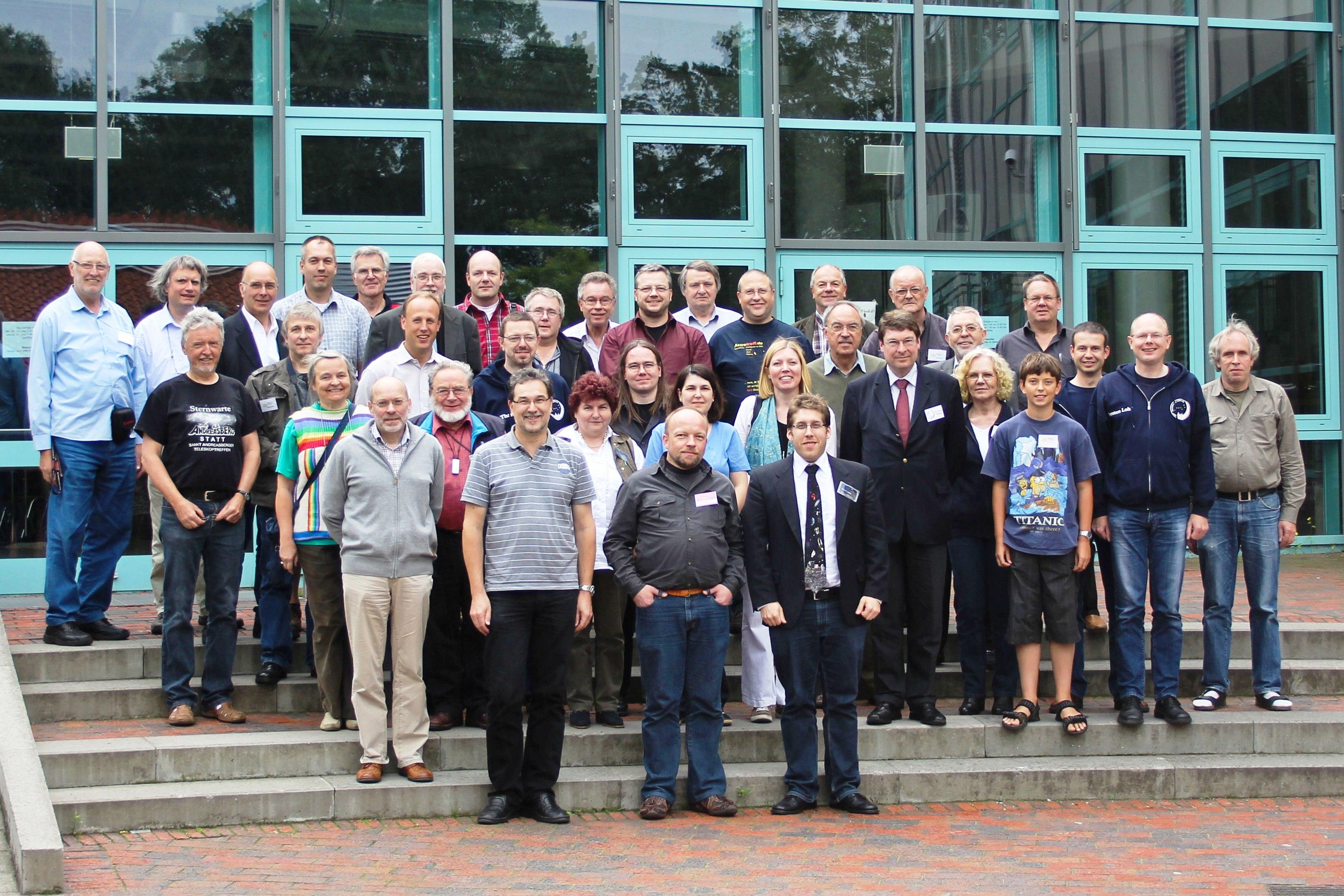 02-1.Nordeutsches Sternwarten Treffen 25.06.2011 Gruppenfoto Foto M. Ludwig